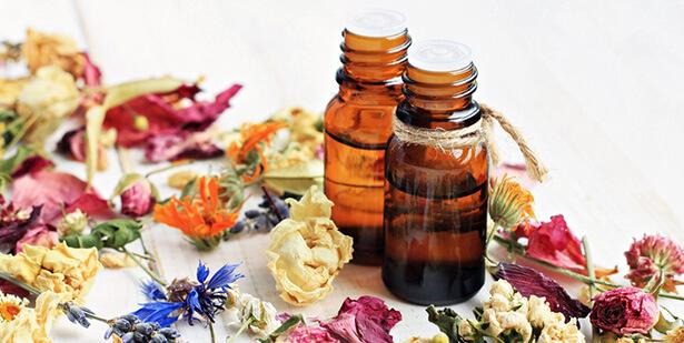 huile essentielle peau, huile végétale visage