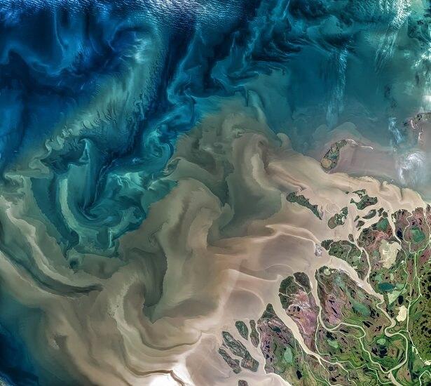 Le fleuve Mackenzie vu de l'espace
