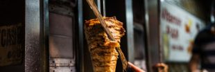 Les eurodéputés votent l'autorisation des phosphates dans les kebabs