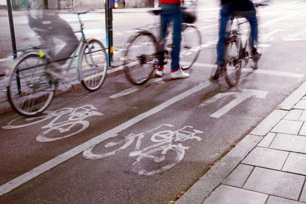 vélo, piste cyclable