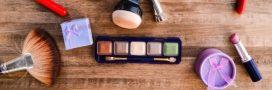 Une trousse de maquillage pour accompagner les femmes astronautes dans l'espace