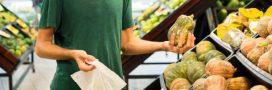 En Italie, les sachets en plastique payants suscitent la colère