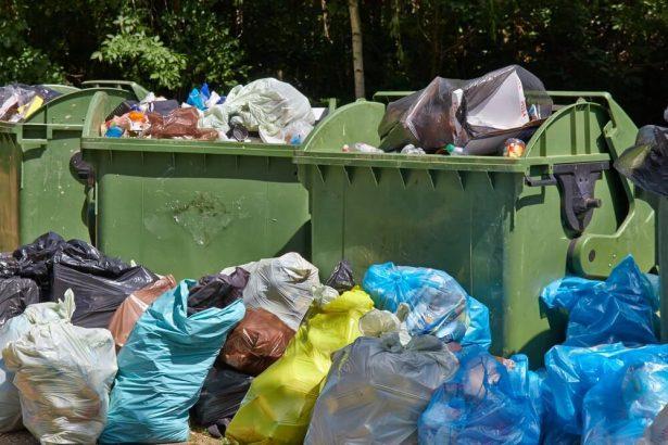 Les poubelles suisses envahissent la Franche-Comté et le Jura