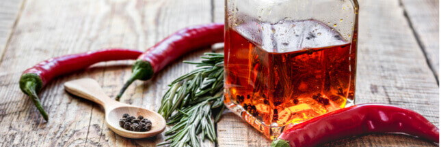 Recette - Comment faire son huile d'olive pimentée maison ?