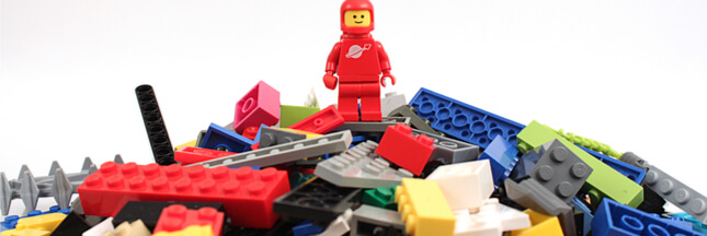 lego lance ses premi res briques et pi ces en plastique v g tal. Black Bedroom Furniture Sets. Home Design Ideas