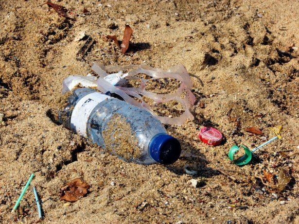 surveiller déchets plastique