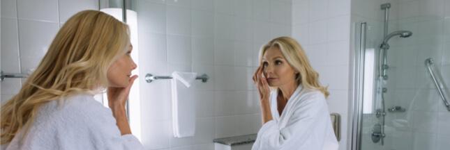 Soins des peaux matures : profitez de la nuit pour la régaler !