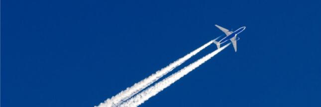 Réchauffement climatique : les traînées de condensation des avions mises en cause