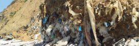 Au Havre, la décharge sauvage de la plage de Dollemard se vide dans la mer