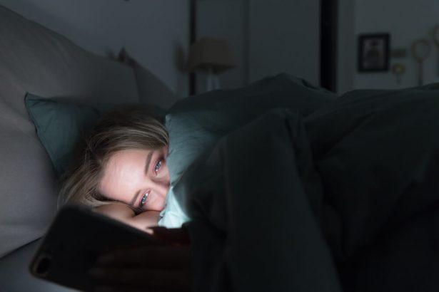 La couleur cyan l ment perturbateur du sommeil - Depression rester au lit ...