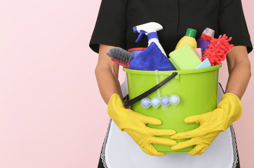 Faire le ménage pourrait être plus dangereux que le tabac — Santé