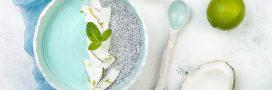 Le smoothie bowl de l'été, à la spiruline et aux myrtilles