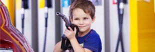 Hausse du prix du carburant : de nouveaux comportements et moins de pollution ?