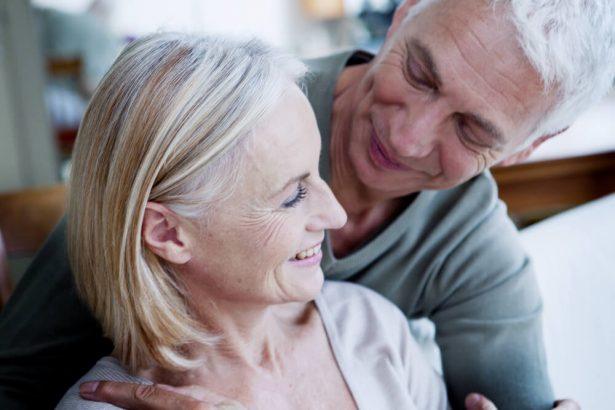 curcuma effets secondaires menopause, menopause traitement naturel, bienfaits du curcuma