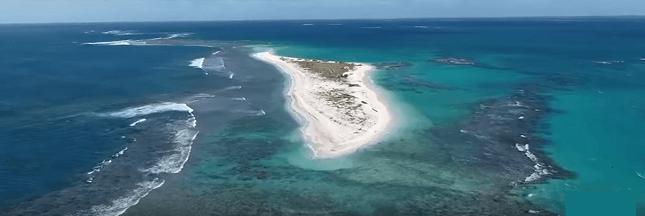 Une île d'Hawaï rayée de la carte par un ouragan!