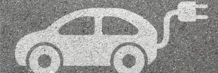 Et si on stockait l'énergie dans la carrosserie des voitures ?