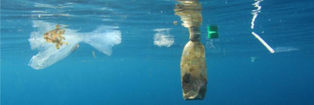 Ocean Cleanup: la barrière flottante pour nettoyer les océans ne fonctionne pas