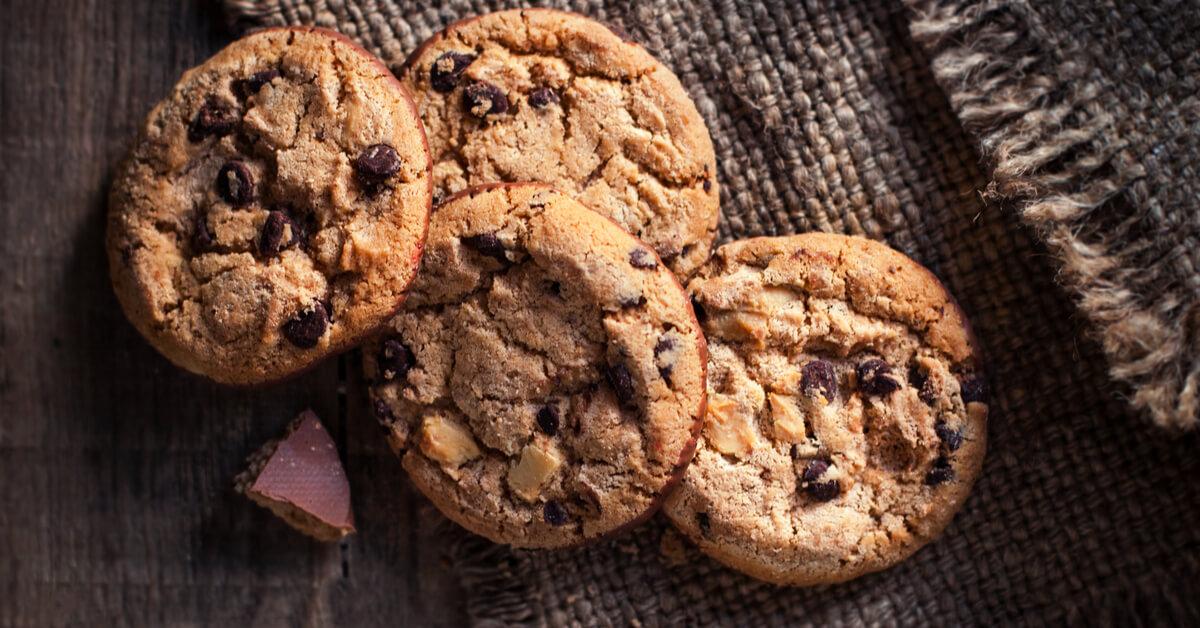 Des cookies aux noix caramélisées et chocolat pour un goûter gourmand !