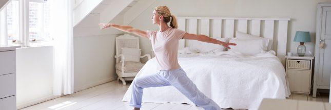 3 positions de yoga pour se lever du bon pied chaque matin