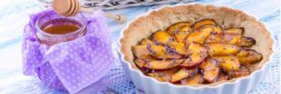 La tarte tatin pêches - lavande : la recette de votre été
