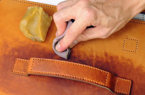 entretien du cuir, entretien cuir sac