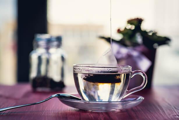 Quel danger comportent les sachets de thé en plastique pour la santé?