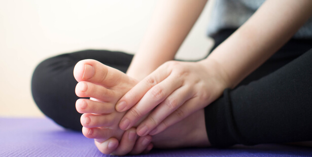 massage fourmis jambes