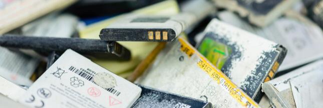 Batteries au lithium: les incendies se multiplient dans les centres de recyclage