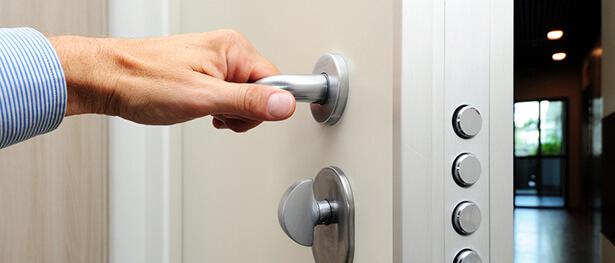 comment nettoyer poignée de porte