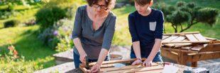 Coronavirus : les Français deviennent des pros du bricolage maison