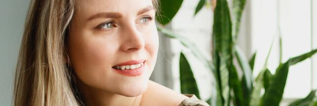 La cure de sébum pour des cheveux plus sains et moins gras