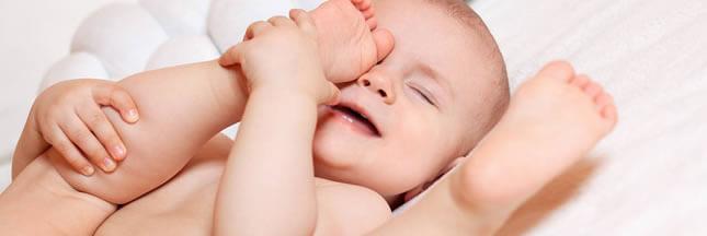 Peau de bébé fragile : changez vos habitudes de consommation !