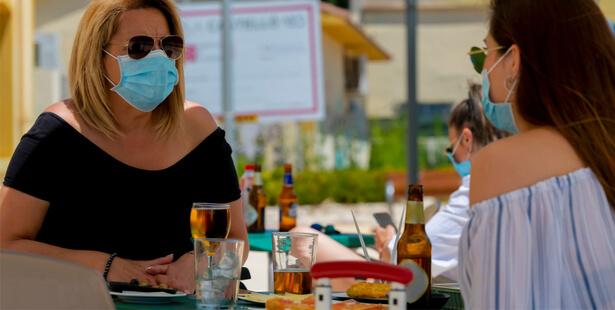 Gel hydroalcoolique et soleil : attention danger !