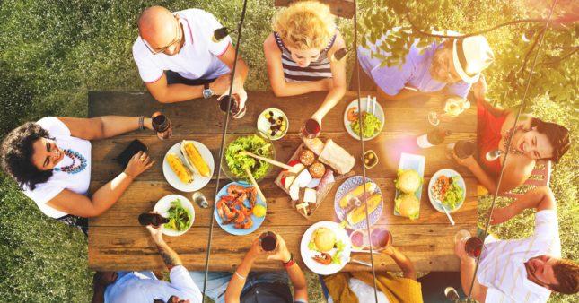 10 conseils pour bien manger pendant les vacances… et après