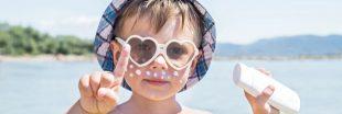 Alerte : des substances préoccupantes dans les produits solaires enfants