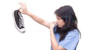 Les remèdes naturels aux odeurs de pieds