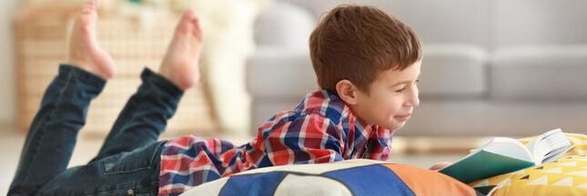 À quel âge un enfant peut-il rester seul à la maison?