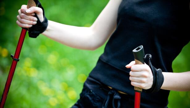 5 exercícios para afinar seus braços e tonificá-los