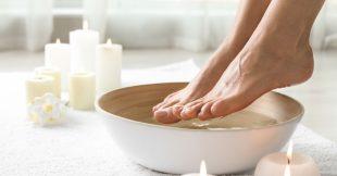 Comment faire ses bains de pieds à la maison ?