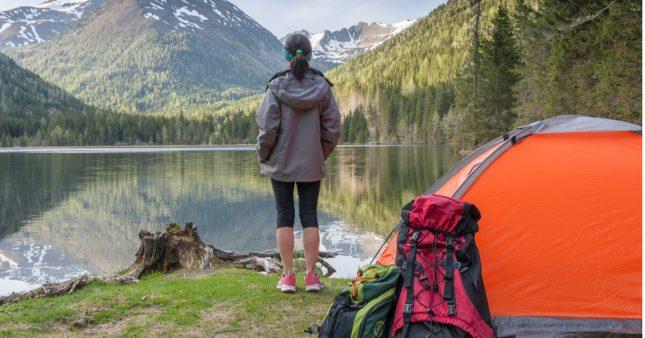 Bivouac et camping sauvage: quelles sont les règles en France?