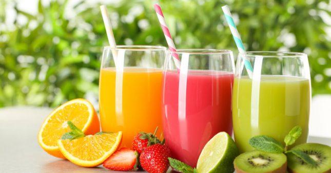 Jus, nectars, smoothies industriels: mais où sont les fruits?