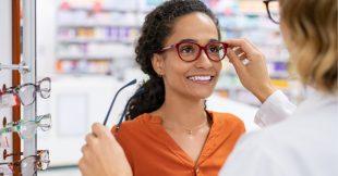 Lunettes 100% remboursées : les opticiens ne jouent pas le jeu