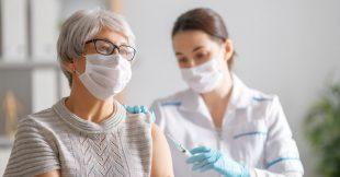 Covid-19 : les appels à lever les brevets sur les vaccins se multiplient