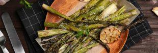 Recette de saison: les asperges rôties au four