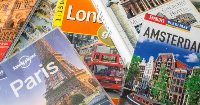 Déconfinement –  les Français rêvent d'évasion et achètent des guides de voyage