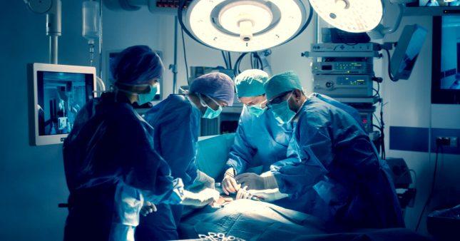 Opérations déprogrammées pendant la crise sanitaire: des patients en danger