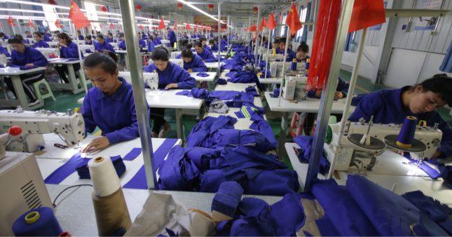 Les géants du textile complices du travail forcé des Ouighours en Chine? La justice française est saisie