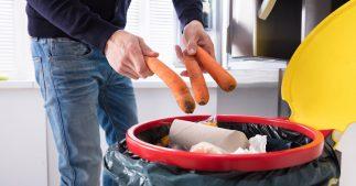 800 millions de gens meurent de faim alors que 2,5 milliard de tonnes de nourriture finissent dans nos poubelles