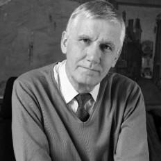 Dr. André Martin